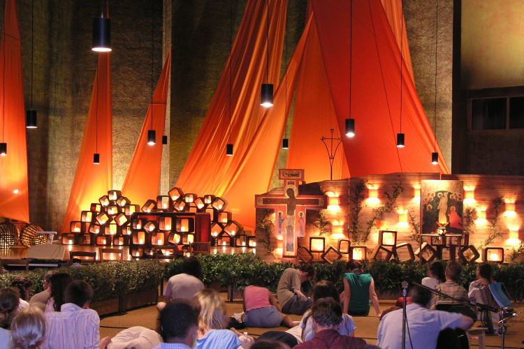 Taizé prayer 750CF